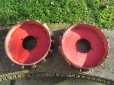 Set ijzeren wielen t.b.v. tweewielige tractor