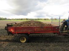 MENTOR meststrooier (2,5 ton's uitvoering, enkele wals)